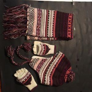 Maurice's Winter 3 PC Set Scarf, Gloves & Beanie
